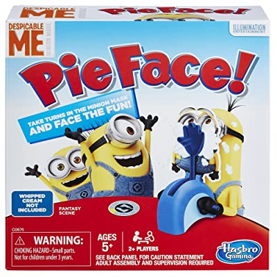 Hasbro Gaming Pie Face Game Despicable Me Minion Made Edition - Test Your Luck as a Minion - Fun for the Whole Family - Slowly Load the Throwing Arm with a Pie or Sponge - Ages 5 and Up: Hasbro: Toys & Games