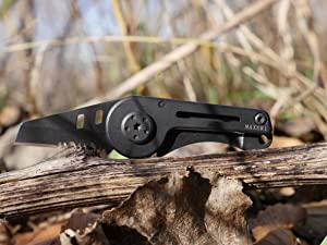 MAXERI World's Smallest All Purpose Pocket Knife, Premium Heat Treated Stainless Steel Blade, Micro Concealable Minimalist Design, The Ideal EDC Knife (Color: Black, Tamaño: Small)