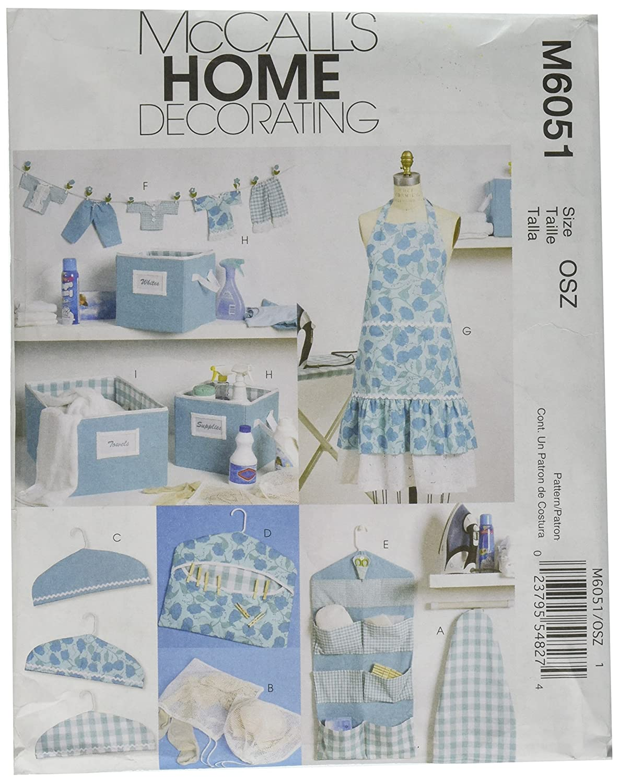 McCall's Patterns M6051 - Confezione con grembiule taglia unica, copri asse da stiro, organizer da parete, contenitori, copri grucce, porta mollette, striscione e porta forbici, colore: Bianco McCall' s Patterns M6051OSZ