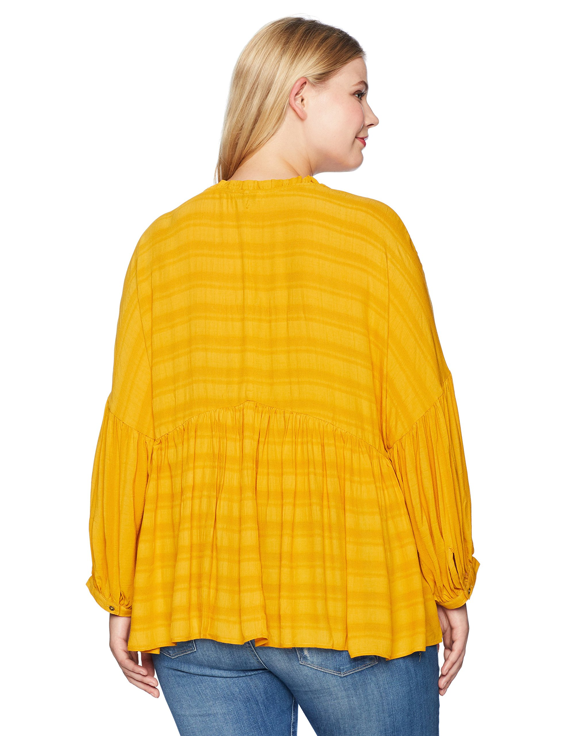 Lucky Brand Women's Plus Size Romantic Peasant Ruffle Top, Golden Spice, 1X by Lucky Brand (Image #2)