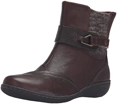 CLARKS Women's Fianna Adley Boot, Brown Leather, ...