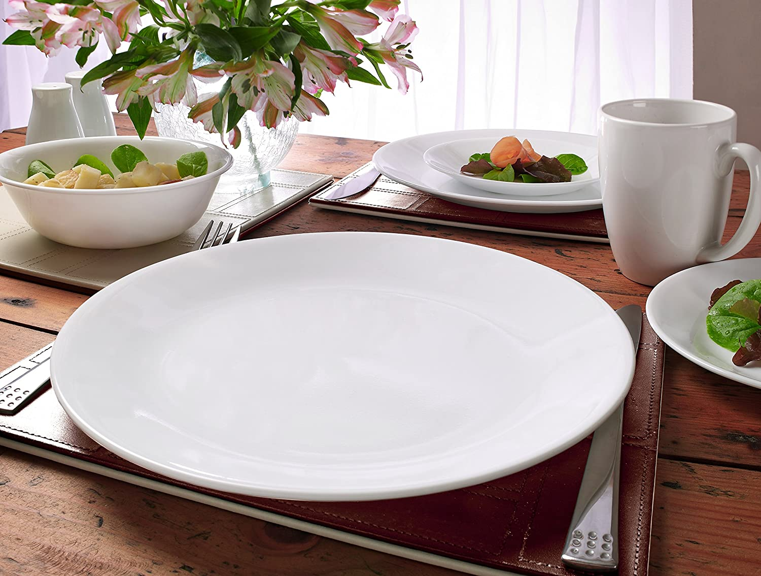 Amazon.com | Corelle 1088656 Livingware Winter Frost White 30-Piece Dinnerware Set Service for 6 Dinnerware Sets : winter dinnerware sets - Pezcame.Com