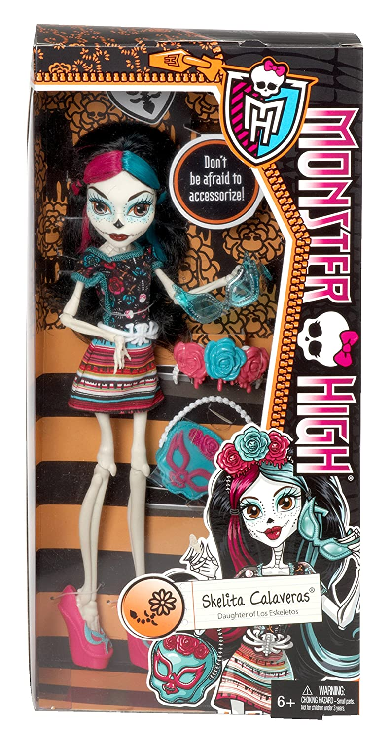 7b5a58257a44a Amazon.com  Monster High Monster Scaritage Skelita Calaveras Doll and  Fashion Set  Toys   Games