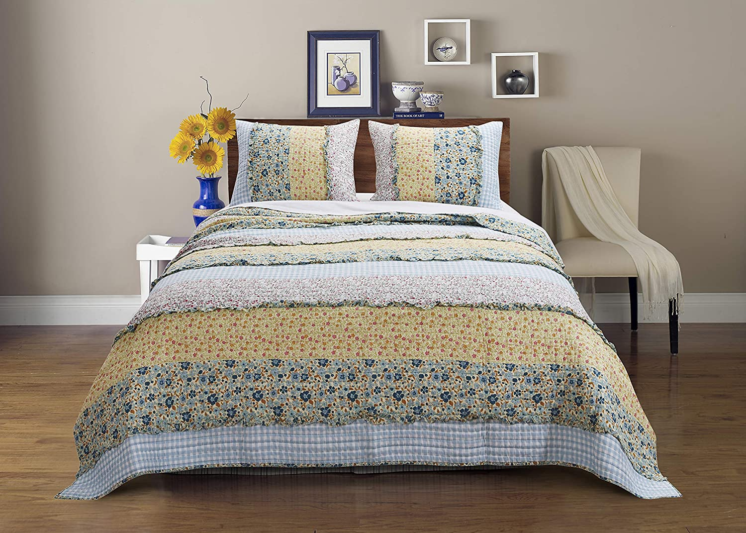 Barefoot Bungalow Ditsy Ruffle Quilt Set, Full/Queen, Calico