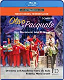 Donizetti: Olivo e Pasquale [Blu-ray]
