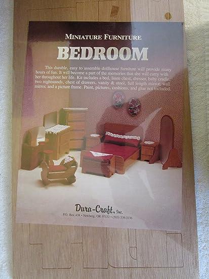 Amazon Com Dura Craft Miniature Dollhouse Bedroom Furniture Toys