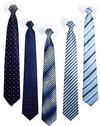 入社式のネクタイの柄は?