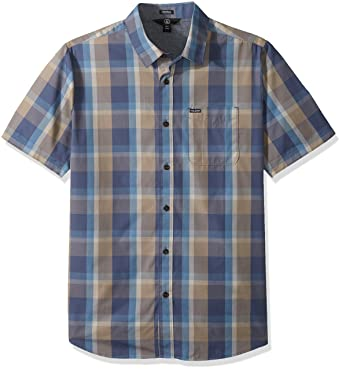 573ce5cf6474 Amazon.com: Volcom Men's Woodson Short Sleeve Button Up Shirt, DEEP Blue  XS: Clothing
