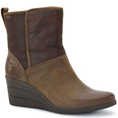 7569e60989b UGG Australia Ladies Water Resistant Wedge Short Boot RENATTA (1008021)  (US9 UK7