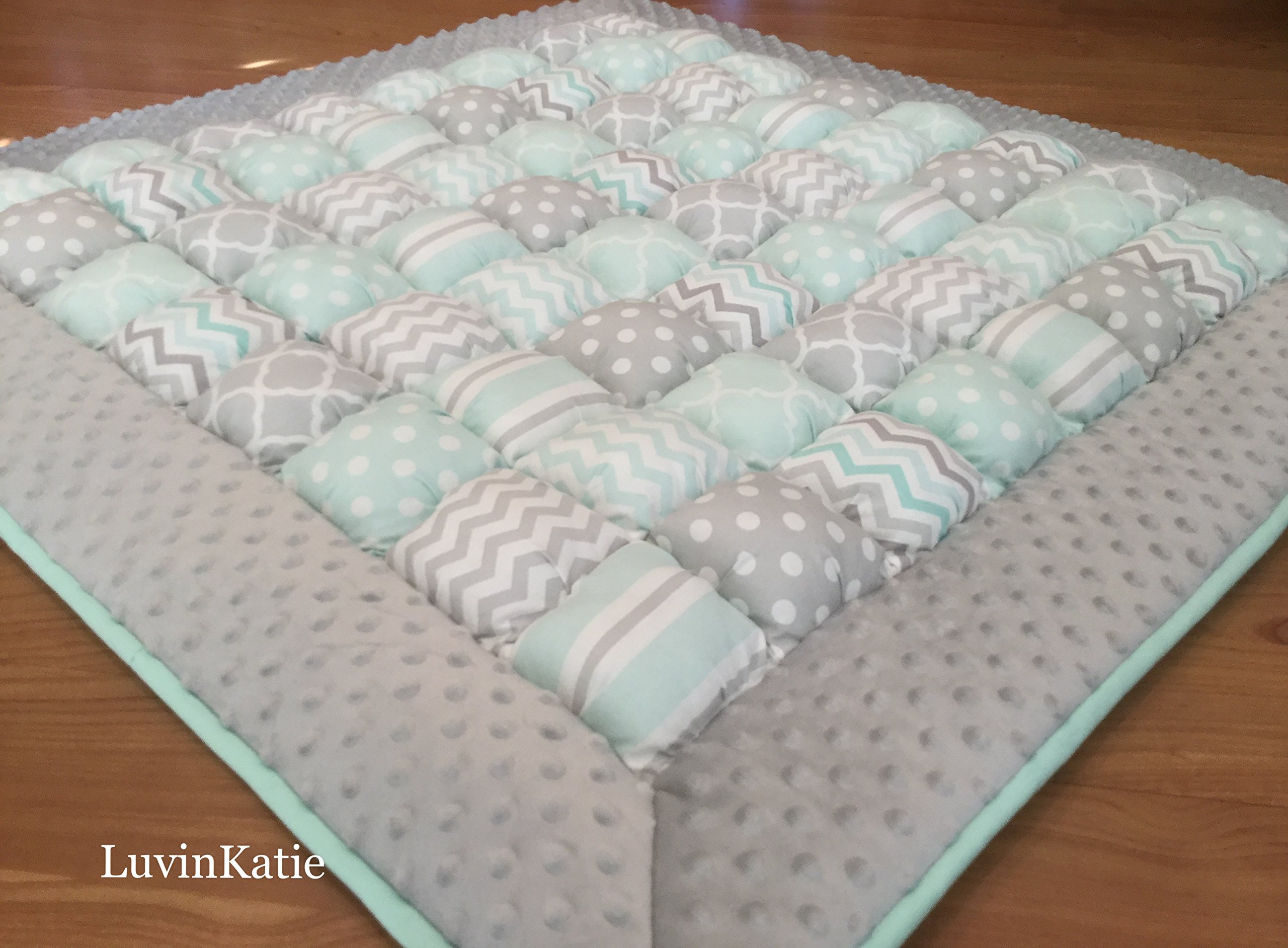 Bubble Puff Quilt Biscuit Quilt for Floor Time Tummy Time in Mint and Gray