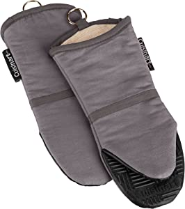 Cuisinart Silicone Oven Mitts, 2pk - Heat Resistant up to 500 degrees F Handle Hot Cooking Items Safely - Non-Slip Grip Oven Gloves with Soft Insulated Deep Pockets and Convenient Hanging Loop - Grey