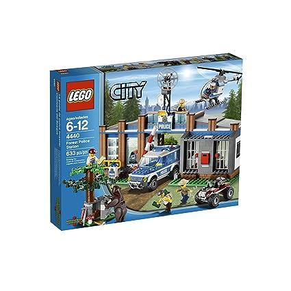 Amazoncom Lego City Police Forest Station 4440 Toys Games