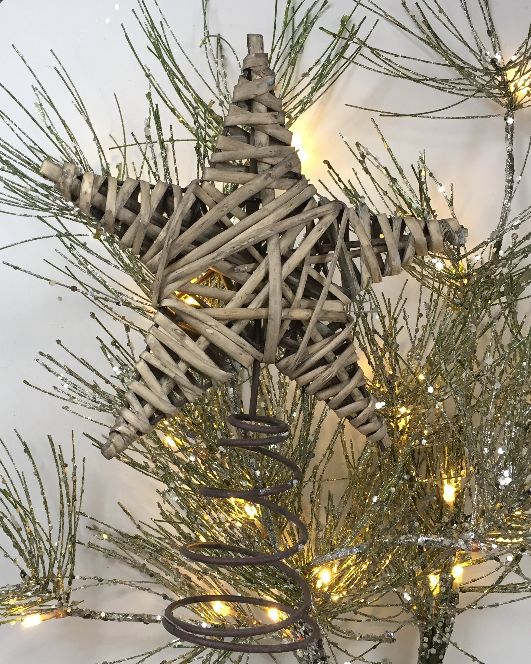 Rustic Christmas Tree Topper or Wine Topper - Wrapped Willow Star in Weathered Gray - Perfect for Nature Inspired, Beach, Nautical, Country Christmas Decorating Themes
