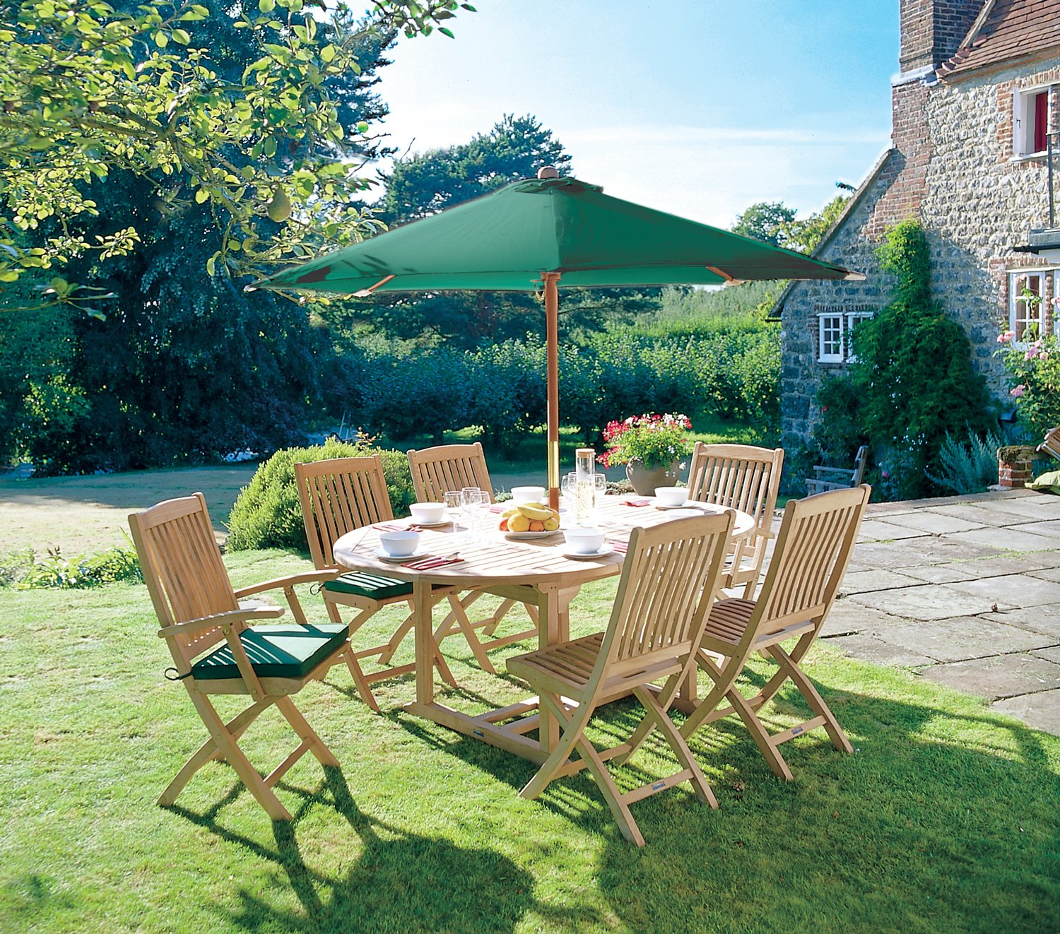 Cotswold 6 Seater Garden Table and Chairs Set with Green Cushions  FSC  Parasol and Base   Jati Brand  Quality   Value  Amazon co uk  Garden    Outdoors. Cotswold 6 Seater Garden Table and Chairs Set with Green Cushions