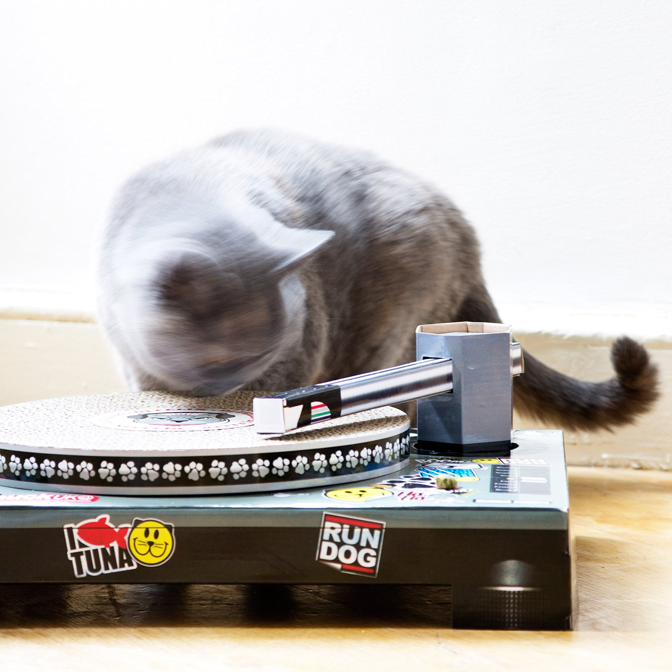 SUCK UK Cat Scratching DJ Deck