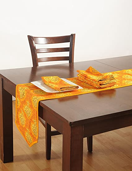 Buy Cotton Printed Duck Fabric Table Linens Set with 4