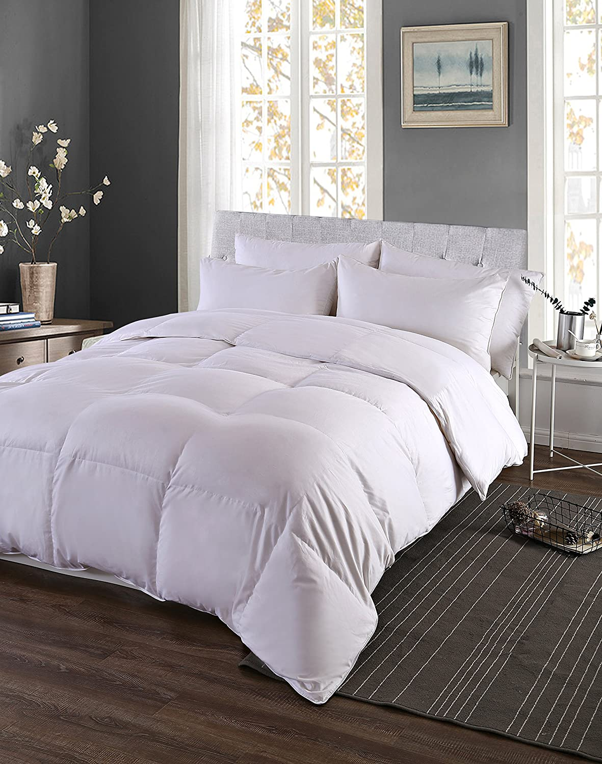 Palais Bedding Luxurious White Goose Down Comforter King Size 33 oz, 340TC - 600 Fill Power - 100% Cotton Shell Down Proof Baffle Boxes Construction, Soft and Warm for All Seasons, White