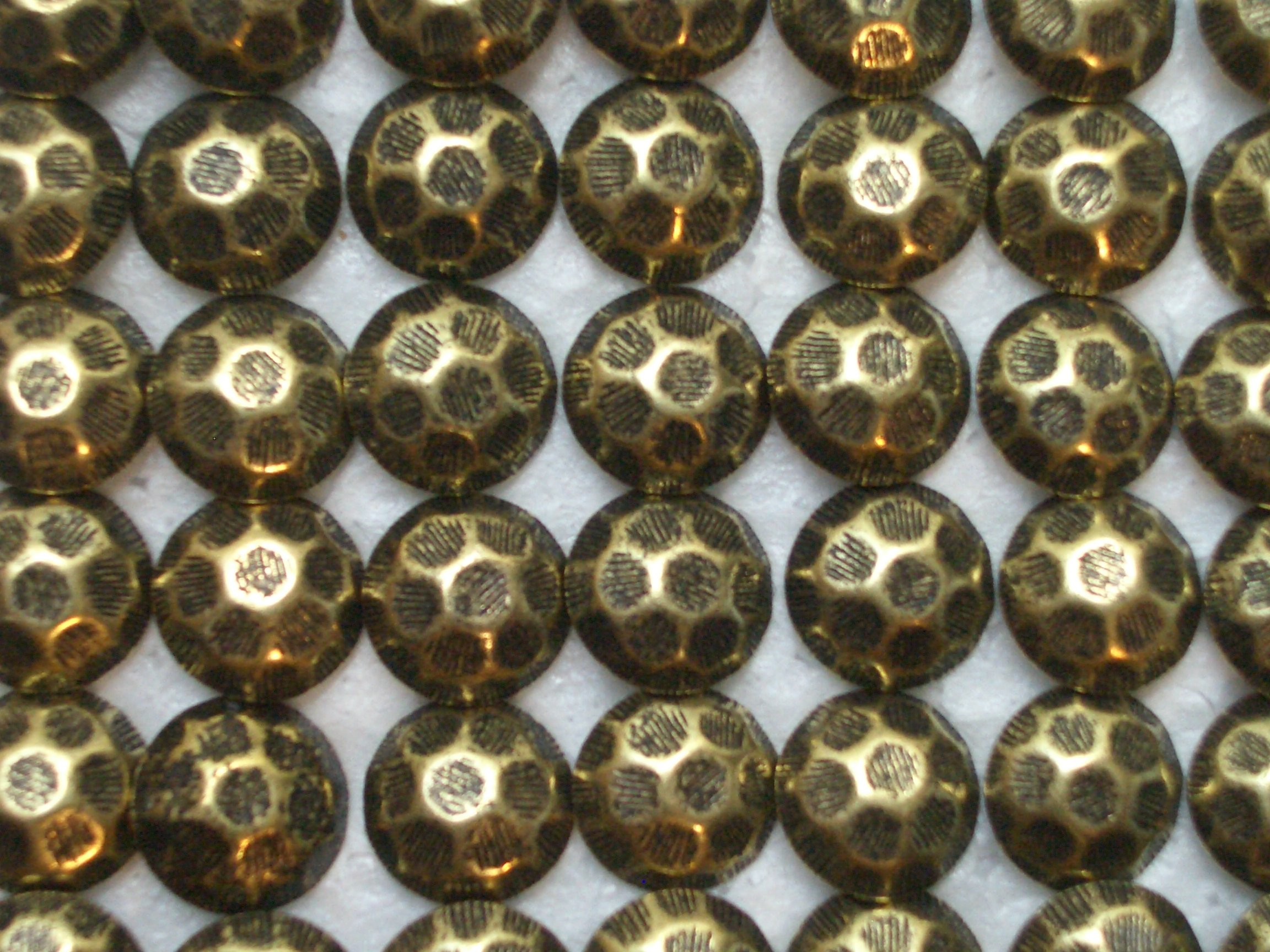 Antique Brass Upholstery Tacks Nails Hammered Finish 7/16 Inch Head 1/2 Inch Shank (250)
