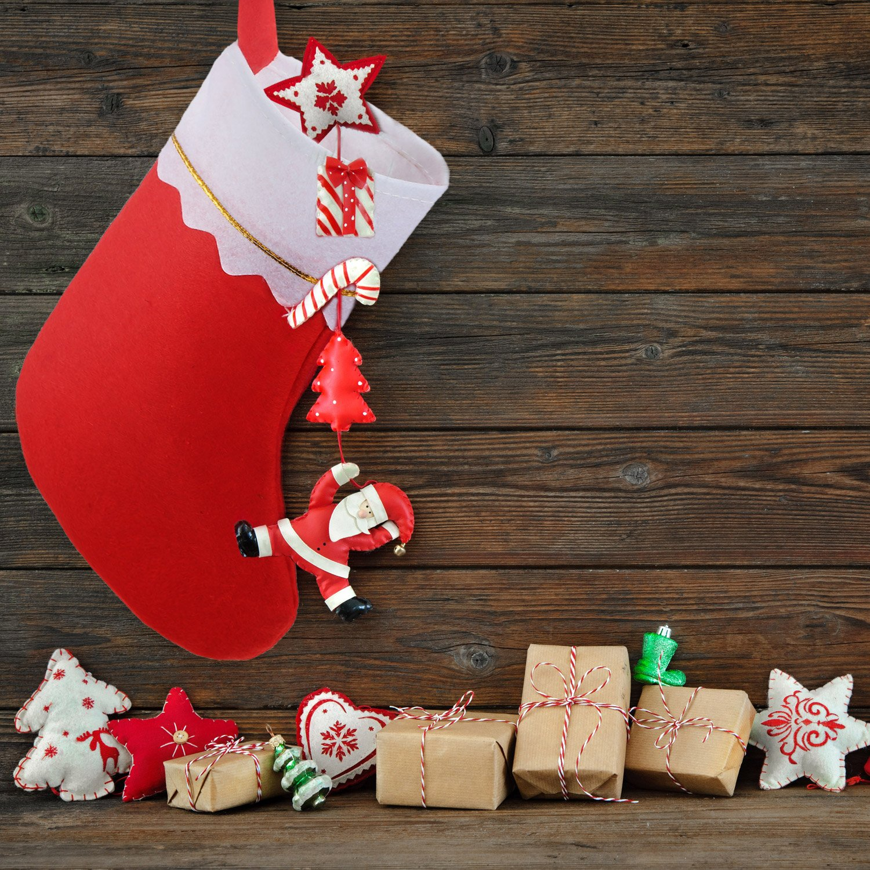 Amazoncom Shappy 12 Pack Red Felt Christmas Stockings Gifts Holder