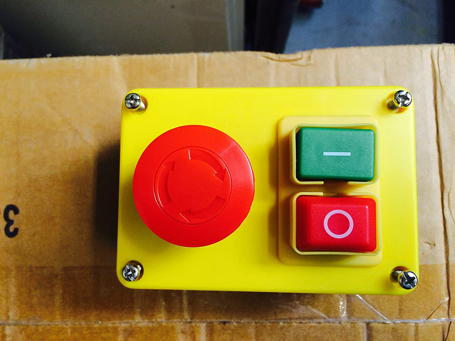 Enclosed kjd17 start stop safety switch with separate emergency enclosed kjd17 start stop safety switch with separate emergency stop button amazon diy tools asfbconference2016 Images