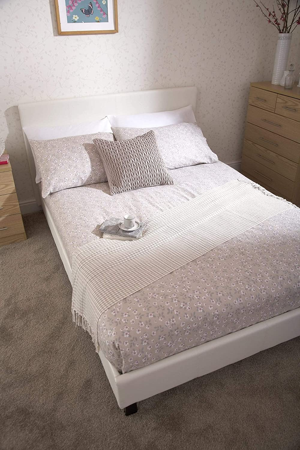 Right Deals UK Bed-In-A-Box 4ft Small Double Bed White Faux Leather