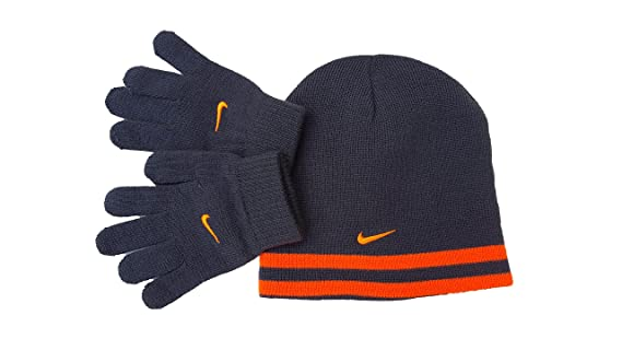 f0bcb92caf2 Amazon.com  Nike Boy`s Reversible Beanie and Gloves Set  Sports   Outdoors