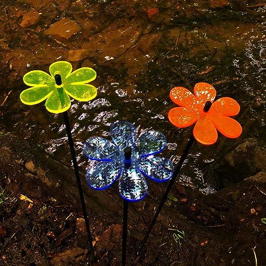 SunCatcher Jardín Decorativo Estacas Margarita 3X Mediano Jardín Adornos Exterior Jardín Decoración Accesorio Regalo - Amarillo/Naranja/Azul: Amazon.es: Hogar