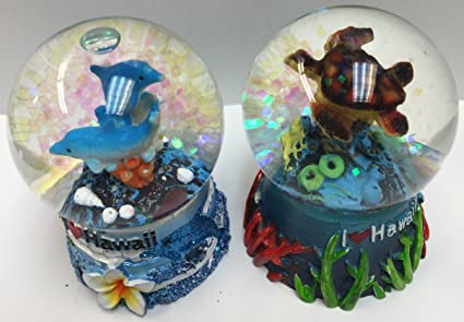 Snowglobe Tutle And Dolphin Hawaiian Design Set Of 2 Pcs