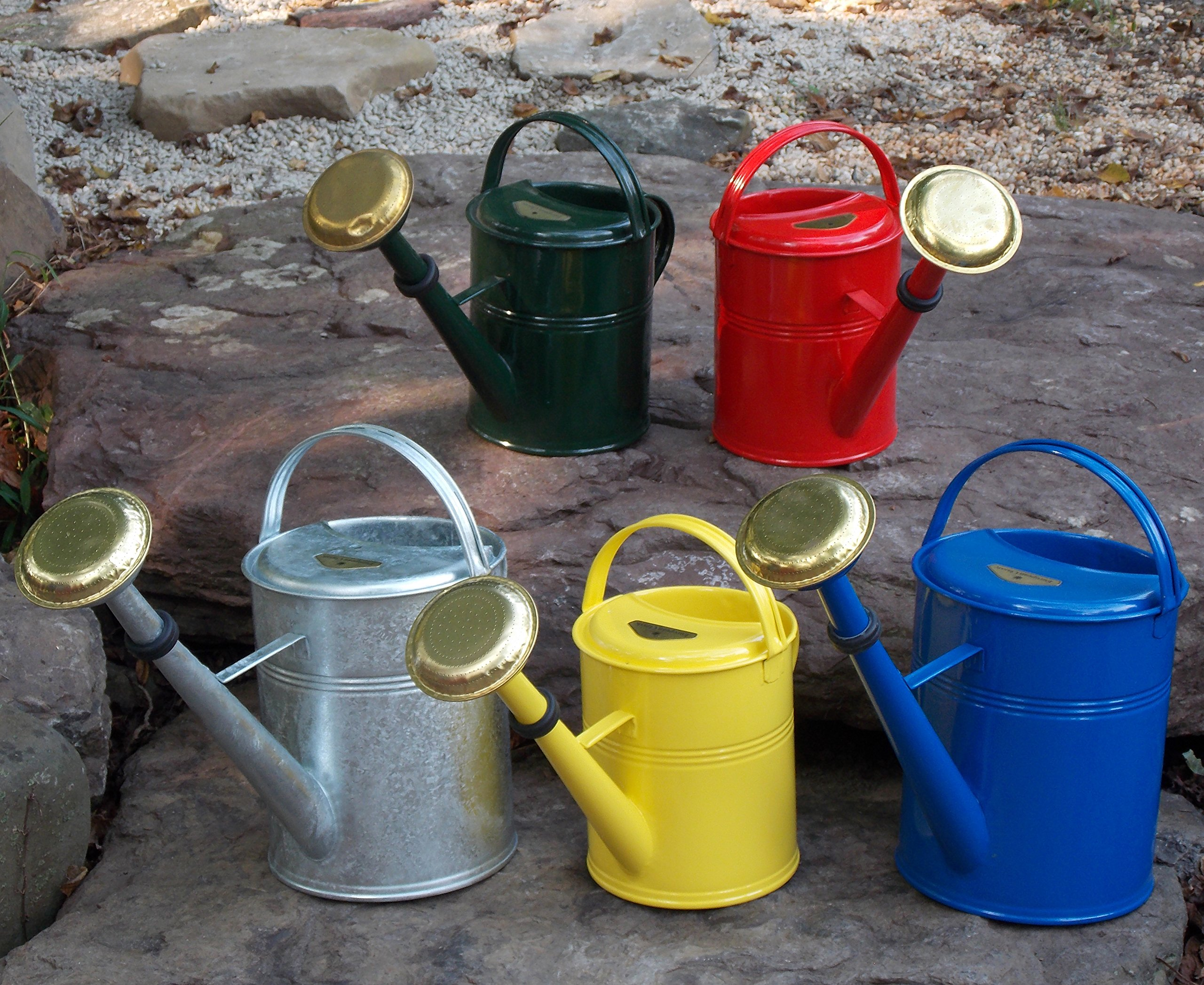 CLASSIC WATERING CANS Cs/4 Sm Red Classic