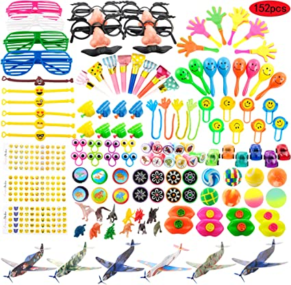 Amazon.com: Kissdream 152 piezas de suministros de carnaval ...