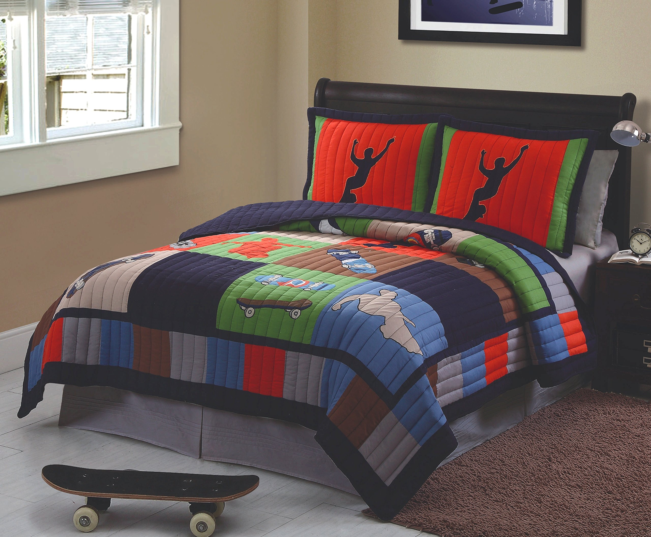 Cool Skate Twin Quilt with Pillow Sham