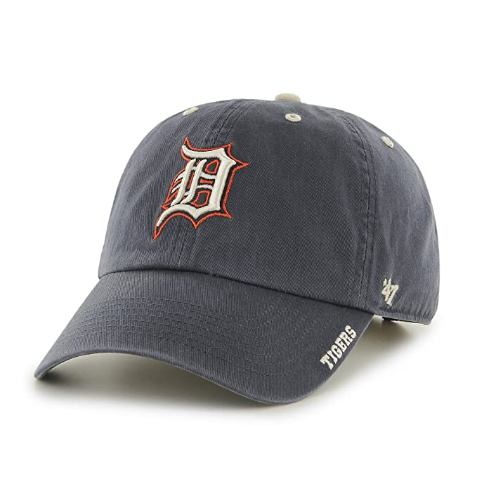 sneakers for cheap b8bc4 beec9 Amazon.com   Detroit Tigers Ice Adjustable Cap   Baseball Caps   Clothing