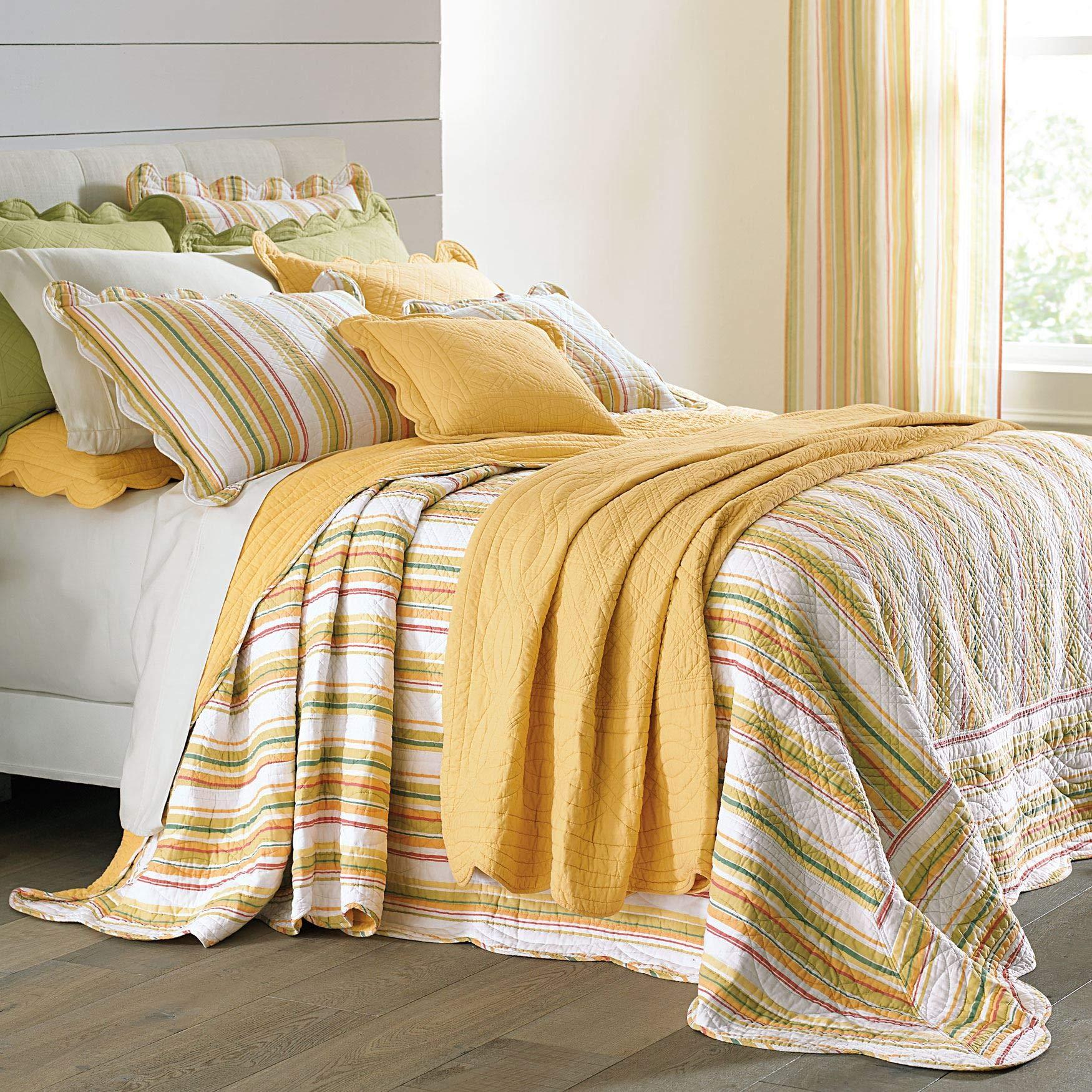 BrylaneHome Florence Oversized Bedspread - Dandelion Stripe, King