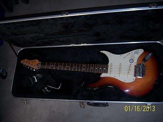 Amazon.com: Peavey Falcon Guitarra Eléctrica con carcasa ...