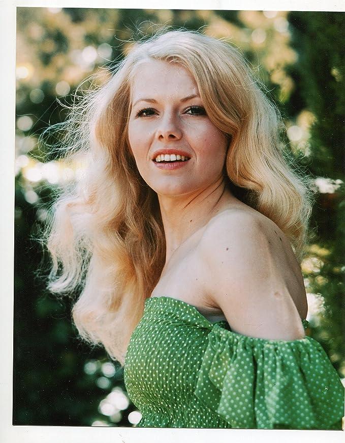 Jeannie C. Riley HEE HAW Total Woman 1984 - YouTube