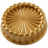 Nordic Ware - Forma Charlotte Cake Pan da Nordic Ware - 35.2290.2300 - Dourado