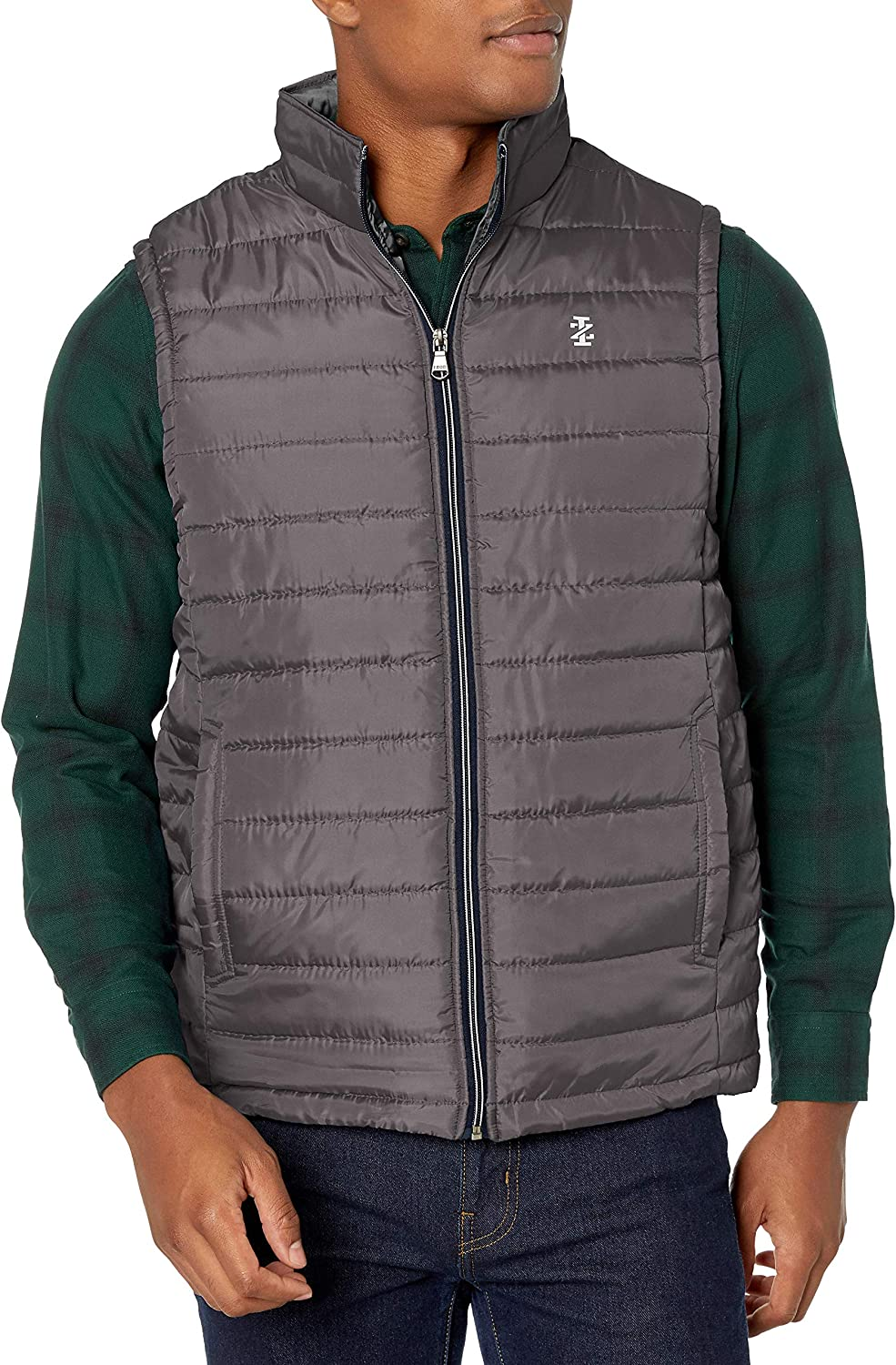IZOD Men's Quilted Puffer Vest Shipping included Max 43% OFF