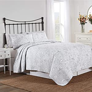 Nostalgia Home Tiffany Quilt Set, King, Light Grey