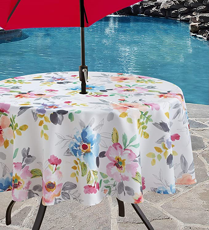 Benson Mills Indoor Outdoor Spillproof Tablecloth For Spring Summer Party Picnic Harper 70 Round With Umbrella Hole Home Kitchen Amazon Com