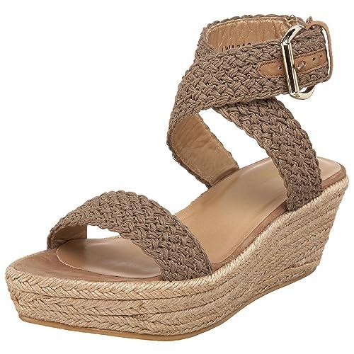7cc04cf48f85 Amazon.com  Stuart Weitzman Women s Alexlo  Shoes