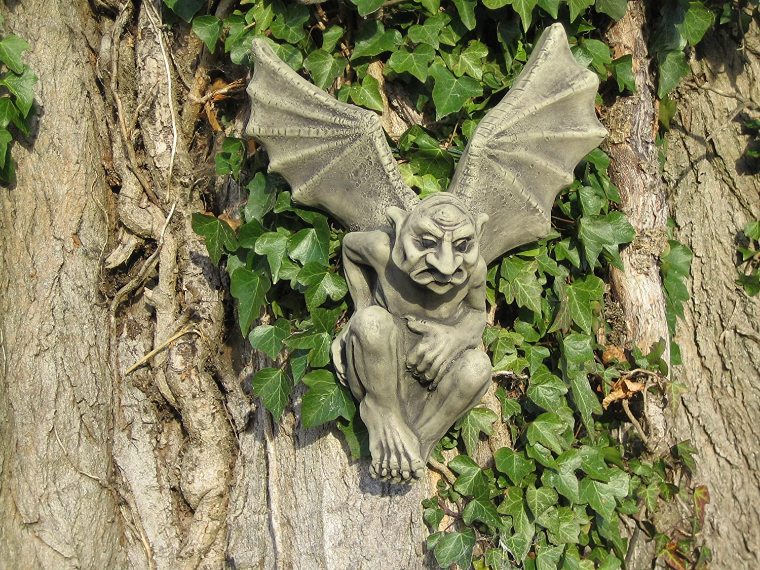 Charming Batman Gargoyle Stone Garden Ornament Wall Plaque: Amazon.co.uk: Garden U0026  Outdoors