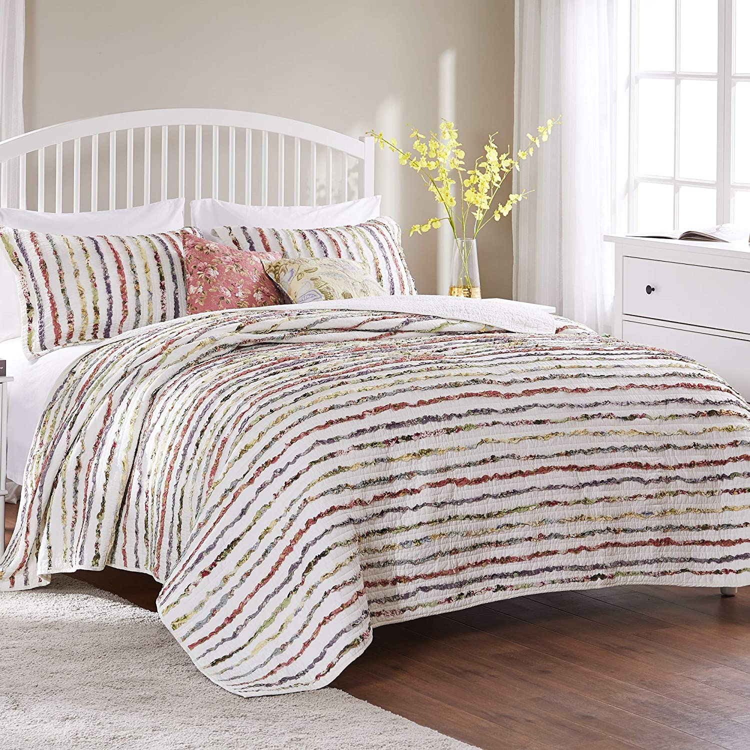 Greenland Home Bella Ruffled Quilt Set, 5-Piece Full/Queen