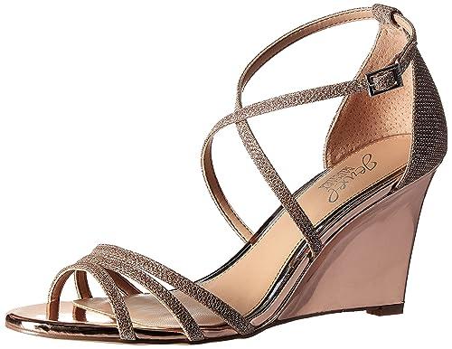 a1bbe8f58 Badgley Mischka Women s Hunt Wedge Sandal  Amazon.co.uk  Shoes   Bags
