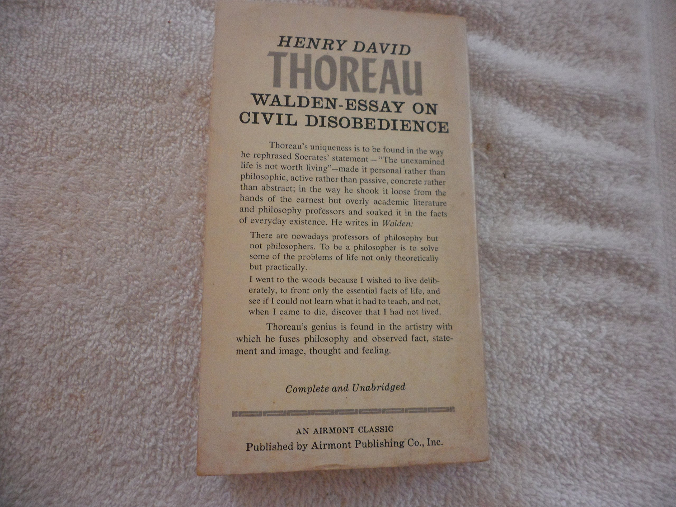 Waldenessay On Civil Disobedience Henry David Thoreau Amazoncom  Waldenessay On Civil Disobedience Henry David Thoreau Amazoncom Books