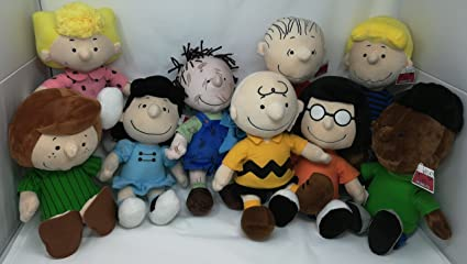amazon com peanuts new gang plush doll set of 9 including charlie