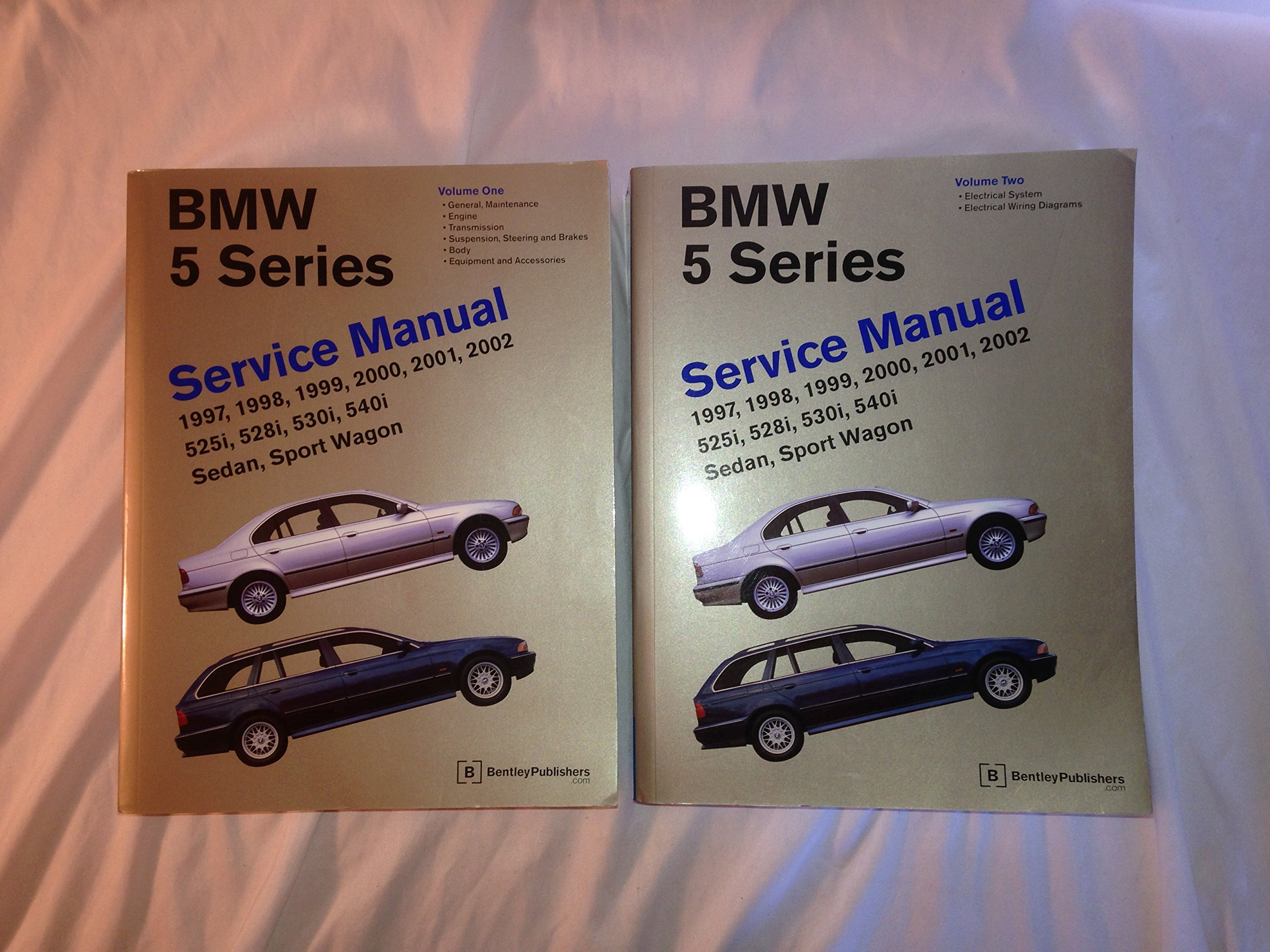 1997 2002 Bmw 5 Series Bently Repair Shop Manual 2 Vol Set 528i Engine Diagram 9780837603179 Books