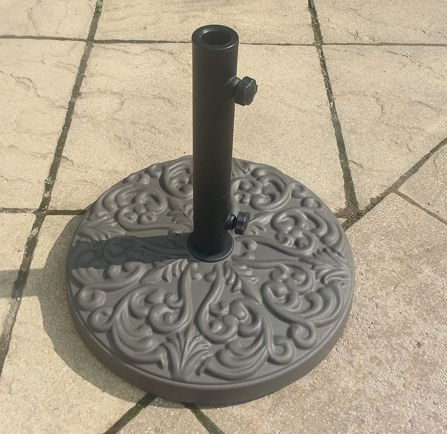 25kg Round Patterned Concrete Parasol Base - Choice of Colours (Bronze) Alfresia