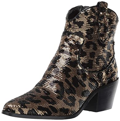 c03538677310 Amazon.com | Betsey Johnson Women's Lucki Ankle Boot | Ankle & Bootie