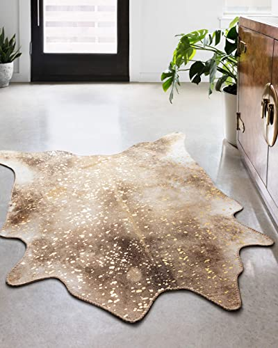 Loloi ll Odessa Collection Printed Faux Cowhide Area Rug, 5 x 6 -6 , Mocha Sand
