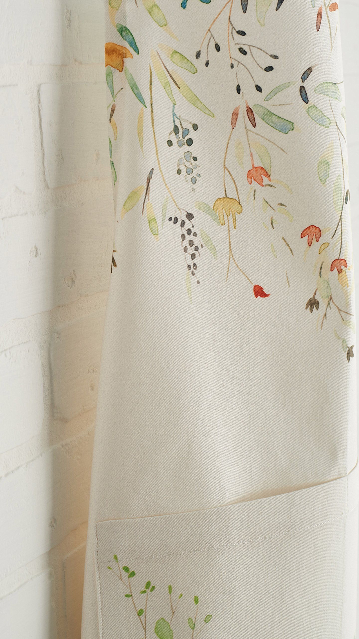 Maison d' Hermine Colmar 100% Cotton Apron with an adjustable neck & visible center pocket , 27.50 - inch by 31.50 - inch by Maison d' Hermine (Image #5)